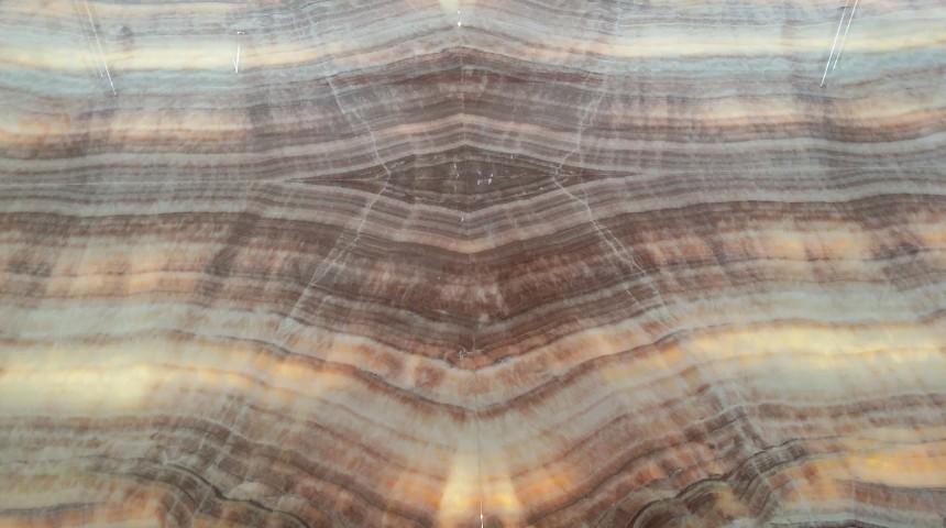 brown apricot onyx